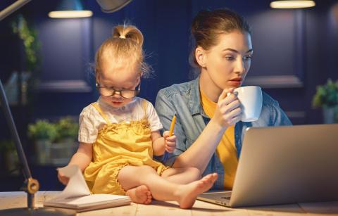 Младенец и стартап: найди 7 отличий