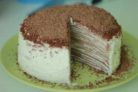 Торт из блинов с творогом и сливками