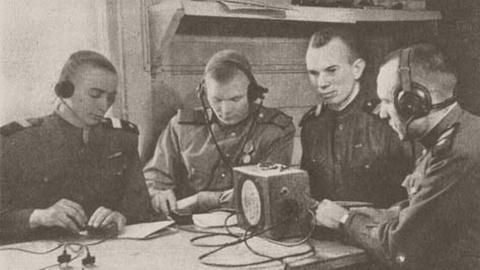 Новые черты ВВС: пенсионеры и фальшивки. Александр Шпунт