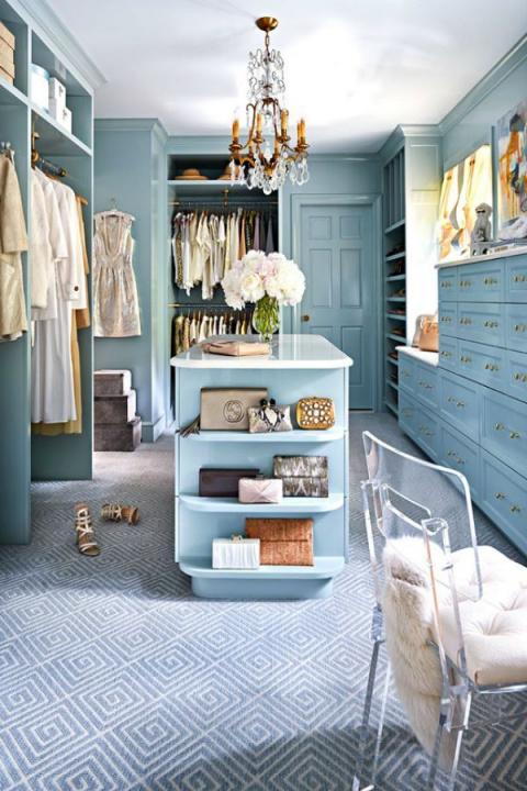 Вспышка вдохновения! 26 идей для гардеробной комнаты и даже для комнатушки