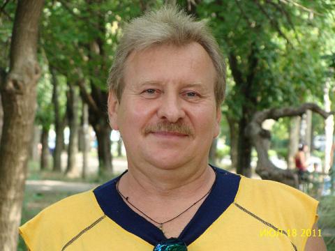 Александр Хмелевский