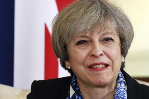 Мэй пообещала рост пенсий после победы ее партии