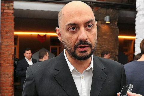 Суд арестовал машину и квартиру Серебренникова