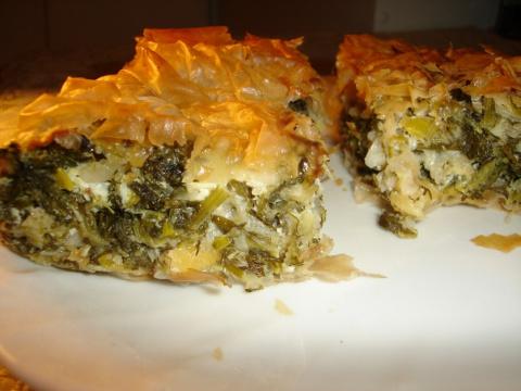 Весенний творожный пирог с зеленью
