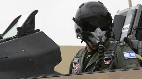 ВВС Изралия атаковали правит…
