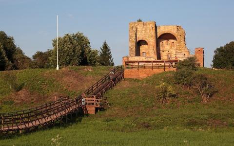 В Новгороде археологи нашли …