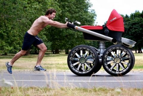 Детская коляска-внедорожник от компании Skoda