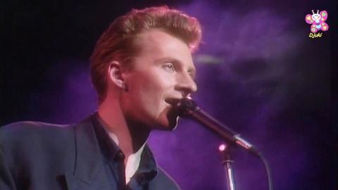 Вы можете не знать этого певца, но его песня точно в числе ваших любимых!