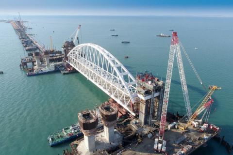 Крымский мост закроют щитом