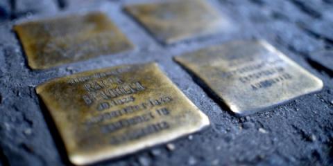 В Берлине украли 12 «камней преткновения»