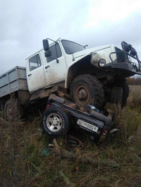 В Завитинске двое браконьеров попали в аварию, удирая от егерей