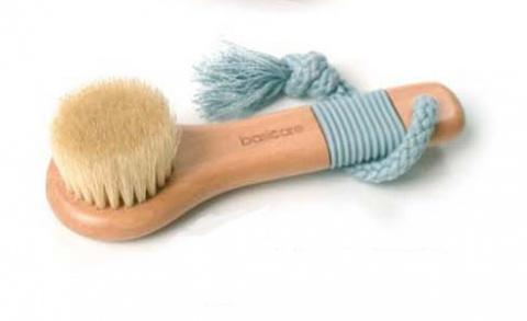 Щетка для лица массажная очищающая