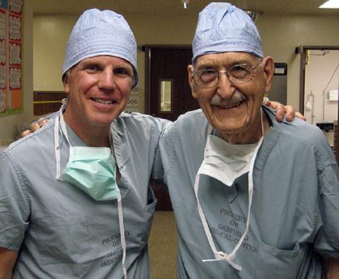 Сердце 103-летнего кардиохирурга в полном порядке! Вот его секрет здоровья и долголетия