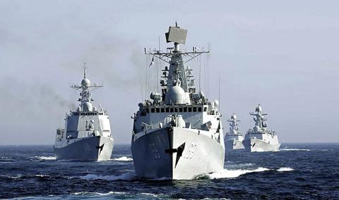 Китайские военные корабли ид…