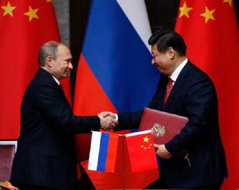 Китай и Россия заманивают СШ…