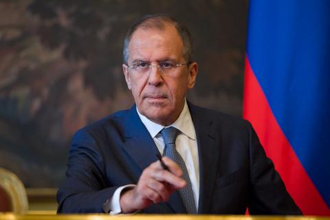 Лавров пообещал ответить на приближение НАТО к границам РФ
