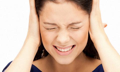 Народные средства от боли в ушах
