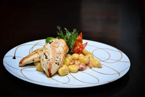 Рецепты на Новый год - простые и вкусные рецепты из курицы на горячее