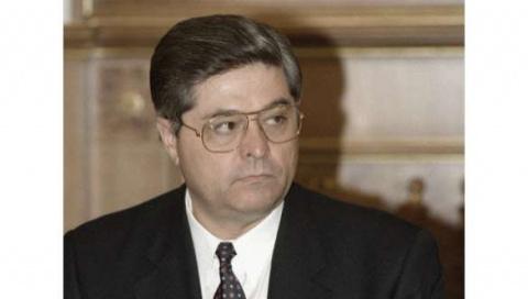 Всё по-честному! Экс-премьер-министр Украины предлагал правительству США поделить поровну награбленные им деньги