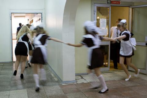 Врачам в Саратове приказали сообщать полиции о лишённых девственности школьницах