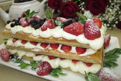 Слоеный торт «Мильфей» с маскарпоне