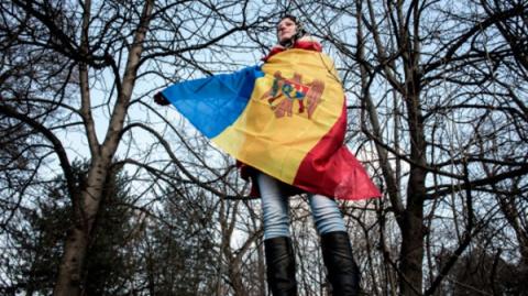 Встолице Молдавии проходит …