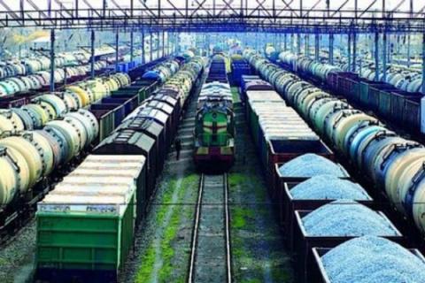 Российским грузовым вагонам …