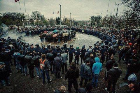 Украина трещит не по тем швам