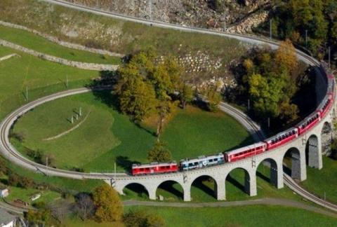 7 поездов, которые проходят …