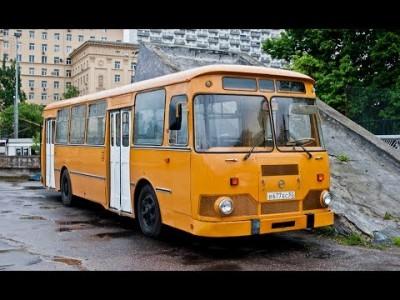 Автобус с пассажирами замерз…