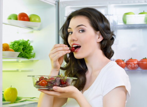 НЕХИТРЫЕ ХИТРОСТИ. Избавляемся от запаха в холодильнике