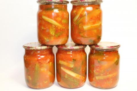 Огурцы в томатном маринаде