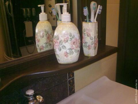 Винтажный набор для ванной к…