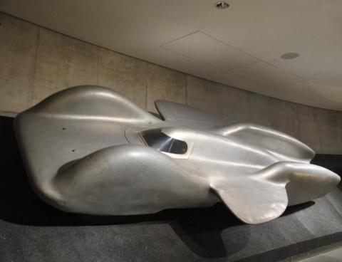 Mercedes-Benz T80 - гоночный автомобиль, для рекорда скорости