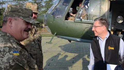 США подталкивают Киев к само…