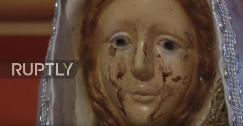 В Аргентине статуя Девы Марии заплакала кровавыми слезами
