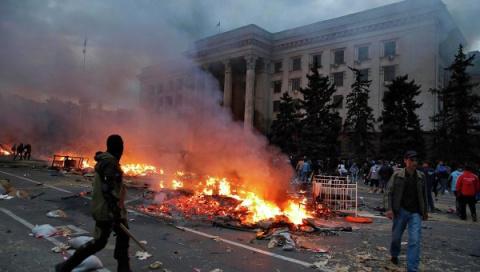 """""""Правый сектор"""" угрожает властям Одессы повторением 2 мая"""