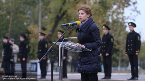 Жену Порошенко в леопардовой блузке отправили из Оперы на панель