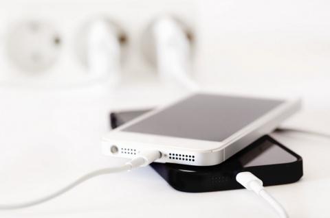 Мифы, связанные с зарядкой телефона