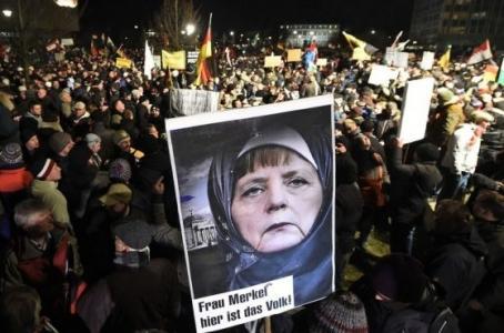Германия рушится: Немцы зачи…