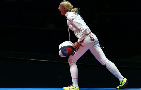 Шпажистка Колобова завоевала первое золото для сборной России на ЧЕ в Тбилиси