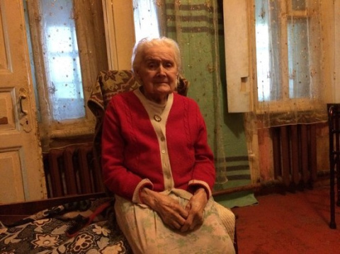 Две молодые курянки «воюют» в суде против 95-летней женщины - ветерана Великой Отечественной войны