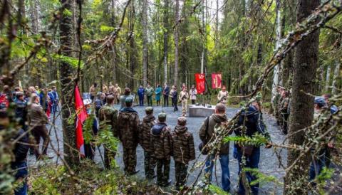 Новый мемориал памяти погибших в Великой Отечественной открыт под Петрозаводском