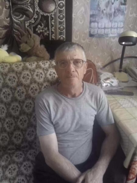Юрий Закутнев