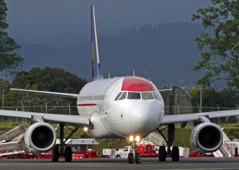Французы отучат самолеты езд…