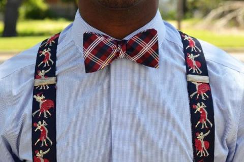 Как правильно носить подтяжки?