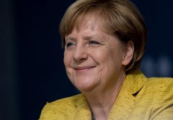 Пушков предложил Меркель отп…