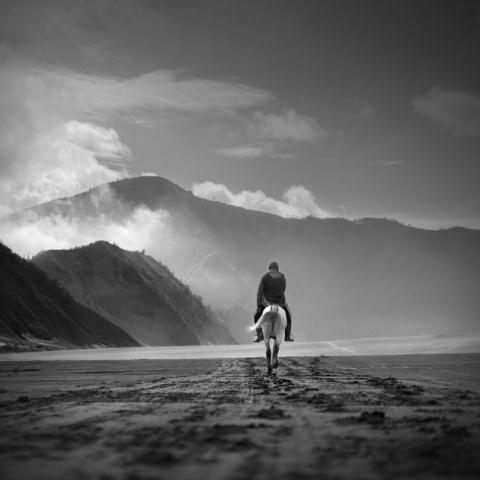 Национальный вулканический парк Индонезии – черно-белое путешествие