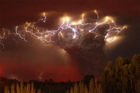 Йеллоустон: США готовятся к масштабной эвакуации людей