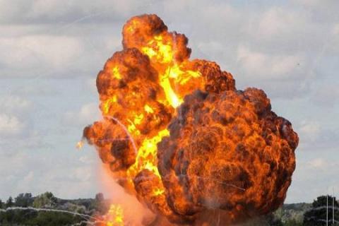 Трампнули мать их бомбу